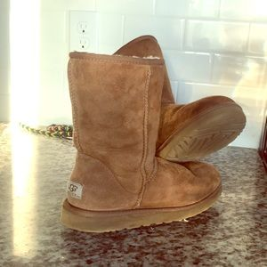Barely used Uggs